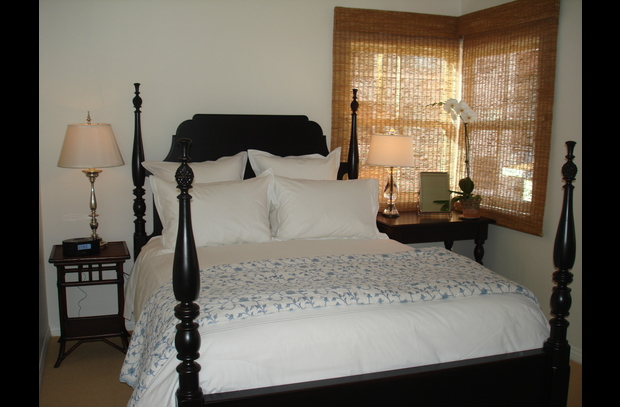 Queen Bed with luxury linens